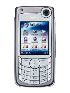 Mobile phone Nokia 6680. Photo 1