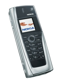 Mobile phone Nokia 9500. Photo 1