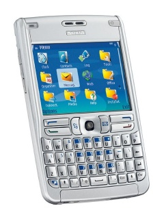 Mobile phone Nokia E61. Photo 1