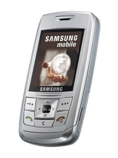 Mobile phone Samsung E250. Photo 1