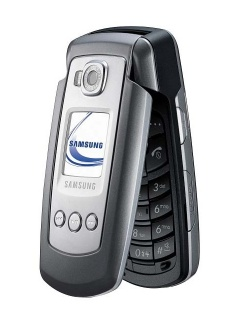 Mobile phone Samsung E770. Photo 1