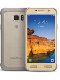 Mobile phone Samsung Galaxy S7 active. Photo 1