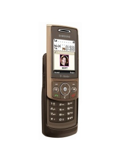 Mobile phone Samsung T819. Photo 1
