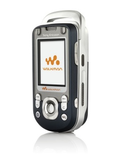 Mobile phone Sony Ericsson W550i. Photo 1